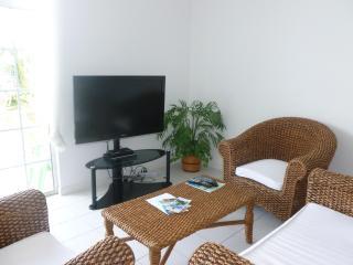 Lounge with flatscreen TV