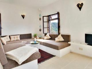 Romantic hideaway  in white village close to Ronda