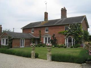 Traditional English Farmhouse Bed and Breakfast, Collingbourne Kingston