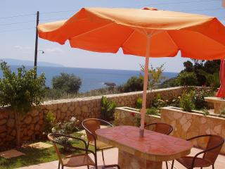 Villa by the sea, Argostolion