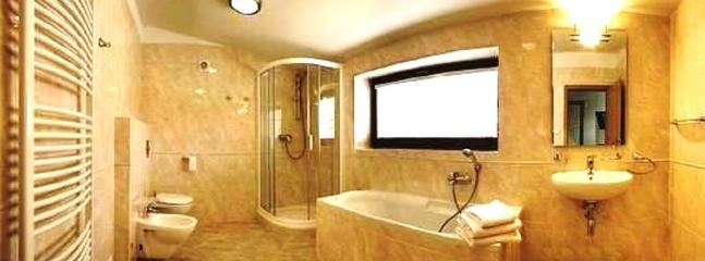 4 Luxurious Bathrooms