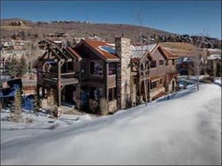 Large & Luxurious Duplex - Spread Out Over Three Levels (25002), Park City
