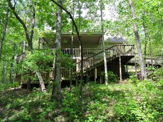 Jubilee Creekside Cottage