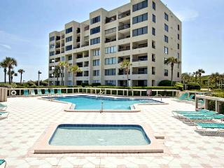 BEST VIEWS ON AMELIA, JULY CLOSEOUT 3 BR BEST VIEWS ON AMELIA IS.RATE JUST 1995
