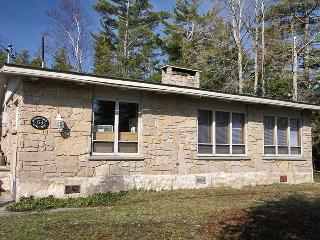 Windstone cottage (#742), Lion's Head