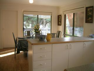 Ringwood Bardia Apartment Kitchen