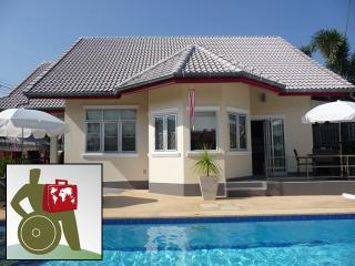 Pool villa Red, WHEELCHAIR ACCESS, serviced., Hua Hin