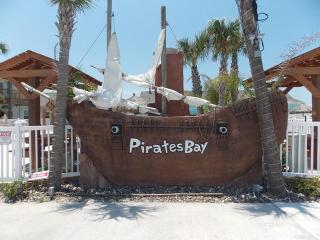 Blue Canoe, 3 bedrm townhome at Pirates Bay, Port Aransas
