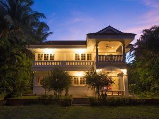 Baan Khun-Nang colonial residence from outside