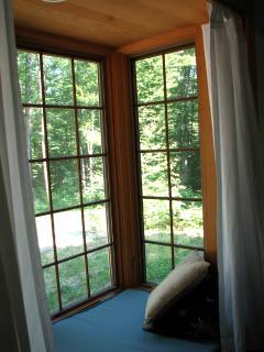 Window seat, master suite