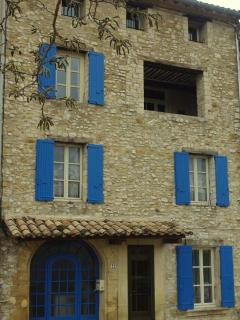 Beautiful old Provencal stone house in the heart of the village