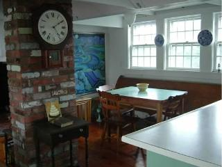 Historic Artist Loft, Water Views, Provincetown