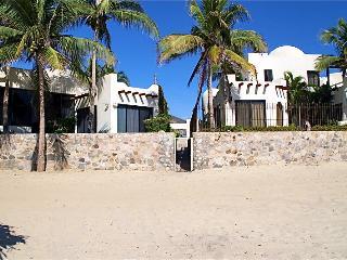 Porto Bello 3BR Villa #1, San José Del Cabo