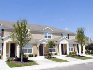 3BR/3BA Windsor Hills Townhome with splash pool in Kissimmee (RS2541)