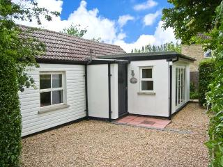 THE LITTLE COTTAGE peaceful, pet-friendly, perfect for birdwatchers in Welney Ref 17319, Ely