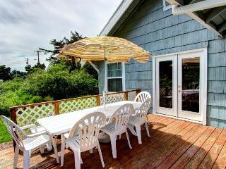 Pet-friendly classic beach cottage with water views!, Rockaway Beach