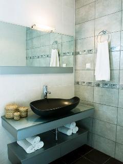 Bathroom at upper level