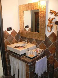 SUITE ENGLISH HARBOUR BATHROOM