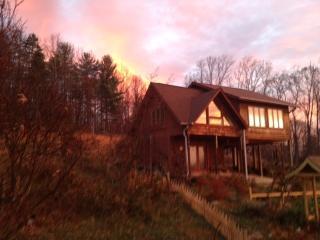 Sharon Spring Wellness Retreat  Ashville Mountains