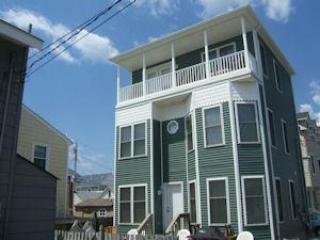 7 houses from Ocean - Chadwick Beach, New Jersey, Lavallette