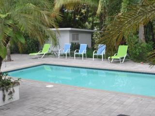 Casa Stella - Rincon, PR Wifi Pool Pets Considered, Rincón