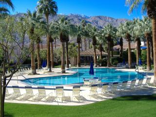 Welcome to the Deauville, Palm Springs