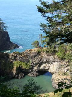 Natural Bridges pull off and hike or picnic
