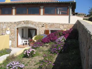 Seaview apartment in splendid villa in exclusive q, Santa Teresa di Gallura