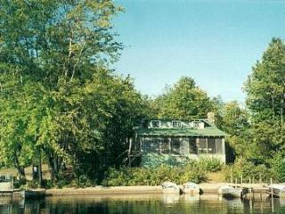 Cherrybank, an Adirondack house on the lake