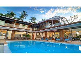 Crystal Luxury Villa : Best View & 5 star service, Ko Samui