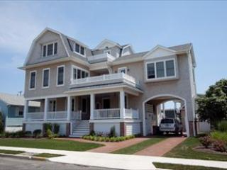 207 Queen Street 107570, Cape May