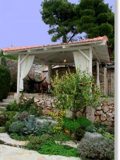 gazebo in the garden - a delightful spot for enjoying the morning cappuccino, lunch or dinner