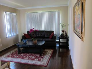 CENTRALLY LOCATED, 1 Bedroom Apartment