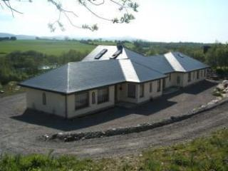 M0dern 2 Bedroom Apartment On Ring Of Kerry, Killarney