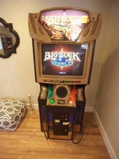 Big Buck World arcade game