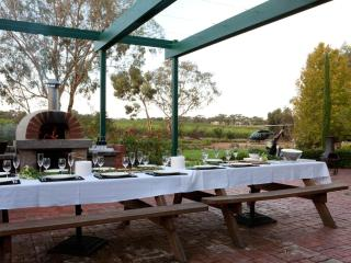 The Reserve Barossa Valley - 5 Bedroom Luxuary, Nuriootpa