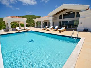 Casa Sunshine at Guana Bay, Saint Maarten - Beachfront, 2 Pools, Tropical Breezes, St. Maarten-St. Martin