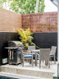 Outdoor Dining / BBQ area Next To Private Pool