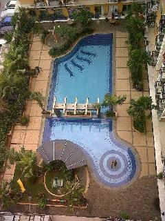 SWIMMINGPOOL and children's playgarden