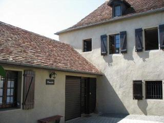 Pistoulet Cottage in the village of Lagor