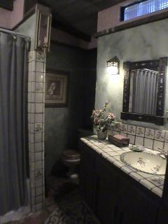 Contessa Bathroom