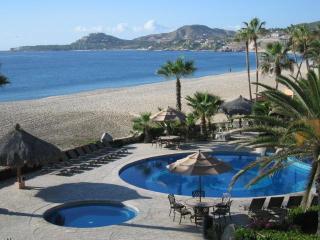 El Zalate 5 Star v2 303 2b/2b  Beach Front condo, San Jose del Cabo
