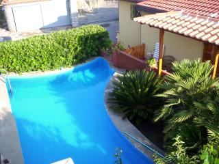 Nice three bedrooms apartment with pool, sea view