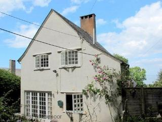 Worthy Cottage, Porlock Weir - Sleeps 2 - Exmoor National Park - Sea View