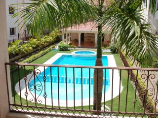 Beautiful 2 bed 2 bath with pool and garden view