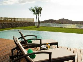 Villa in Maspalomas, Gran Canaria, Salobre Golf Course, Canary Islands, Montaña La Data
