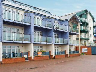 20 MADISON WHARF, first floor apartment, balcony, sea views, parking, in Exmouth, Ref 24057