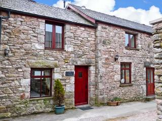 THE CROOK, off road parking, romantic break, great touring base, in Great Urswic