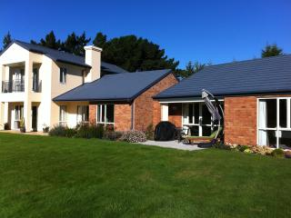 The Fantastic  Meadows Villa Christchurch