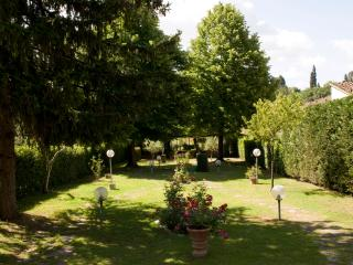Exclusive 4 Bedroom Bed and Breakfast Villa in Florence